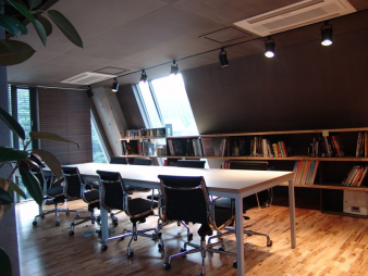 Office in Seoul 02. Image: 3