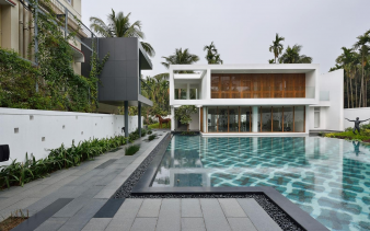 5. This expansive pool acts as a centrepiece for this property. Image: 5