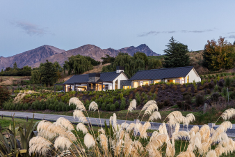 Envira Weatherboard System - Scenery Stunner in Queenstown. Image: 3